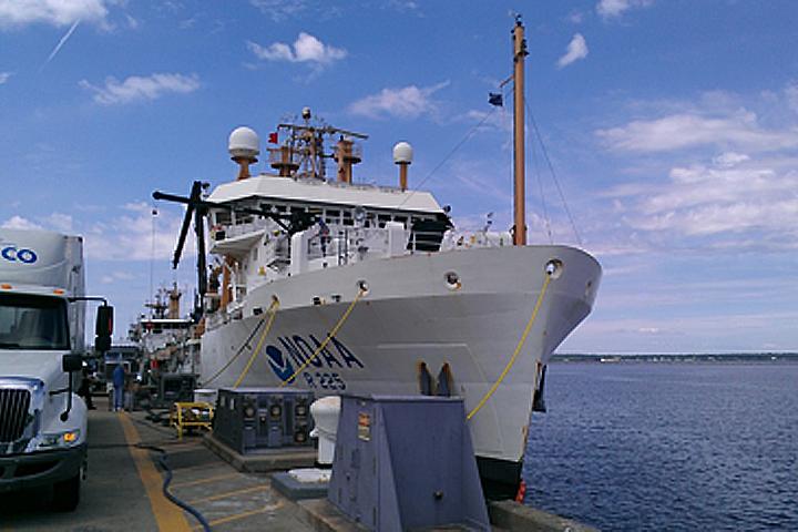 R/V Bigelow in Port